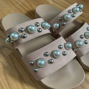 Steve Madden pearl slide sandal